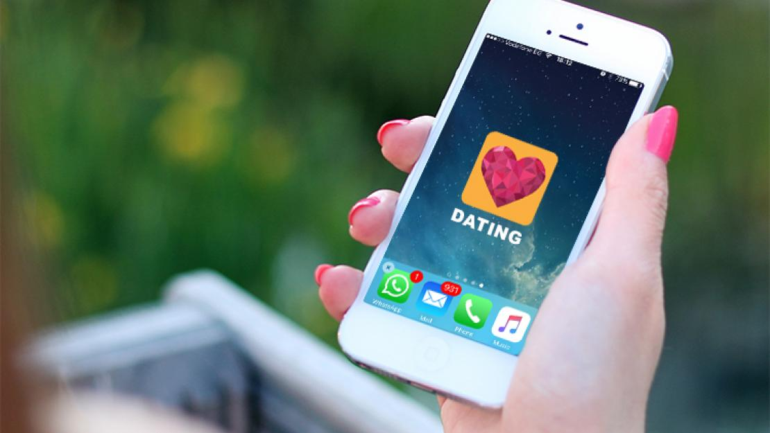 Sociology Professor Michael Ryan examines the growing popularity of online dating